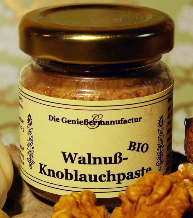 Walnuss-Knoblauch-Paste