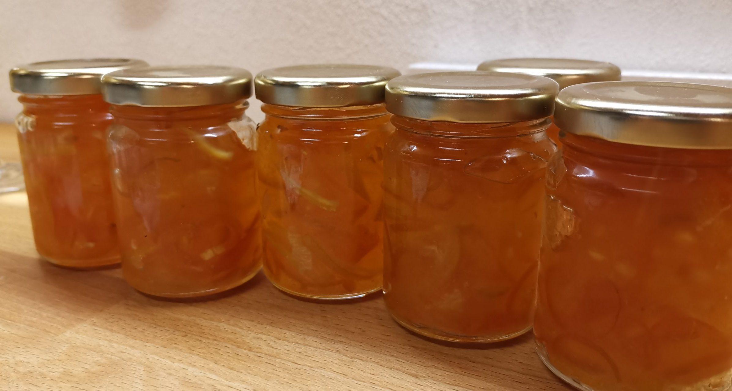 Bergamotte-Zitronen-Marmelade mit Kumquats