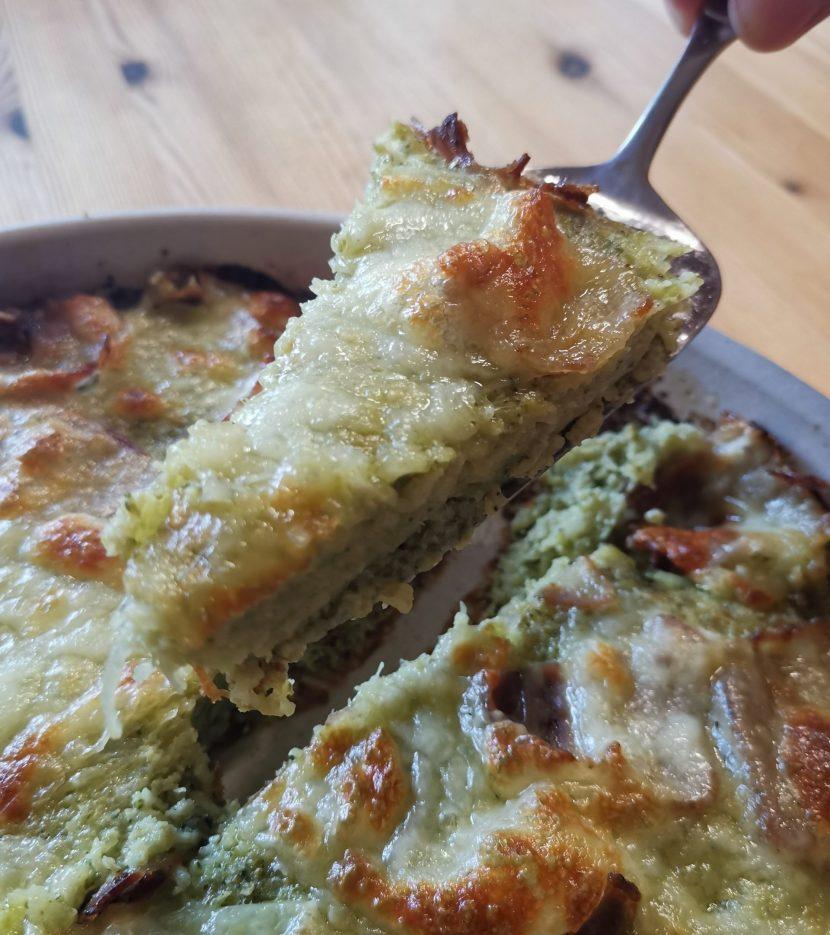 Brokkoli-Kartoffel-Gemüsekuchen)