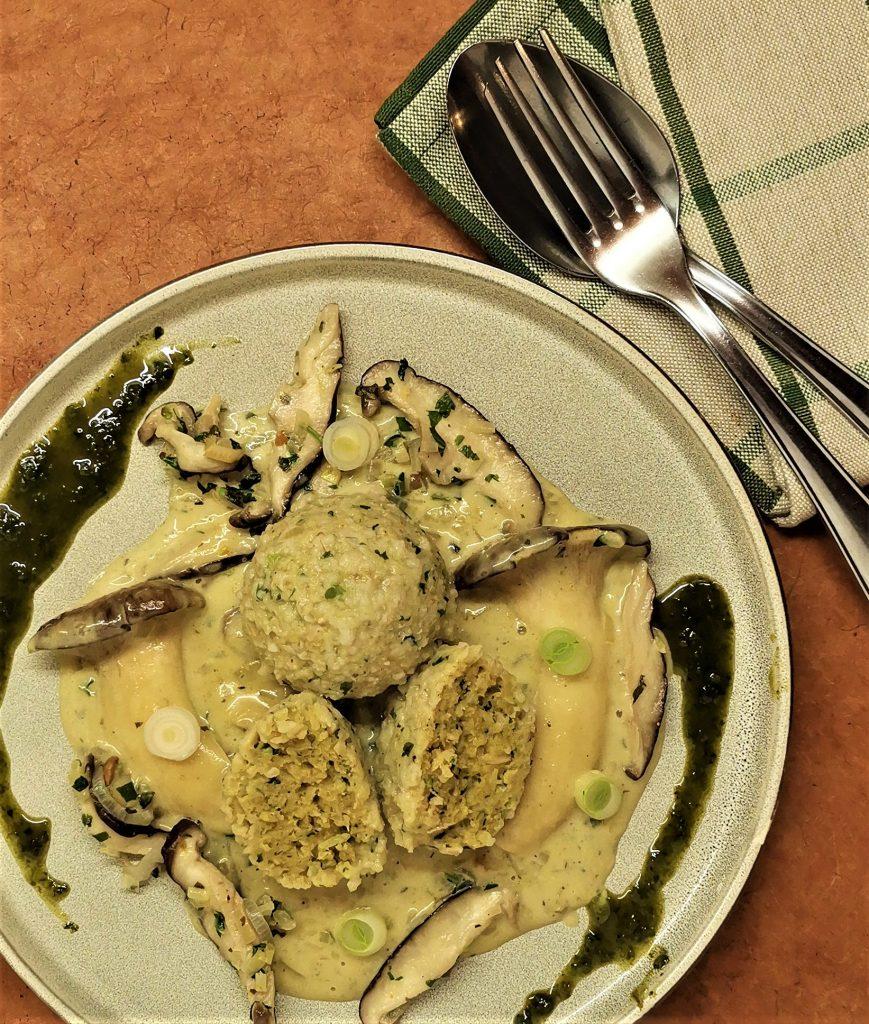 Rezept Haferklößchen mit Pilzen und Vadagam / Vadouvan
