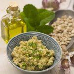 Hummus aus bio Platterbsen